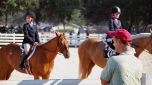 Cliff Barrineau videos girls at a horse show