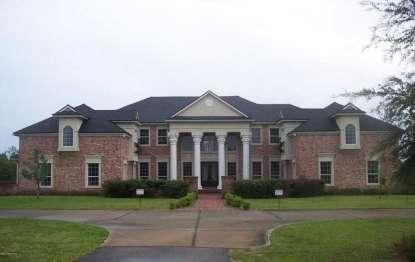 Florida Farrier Arrested in $1 Million Property Scheme